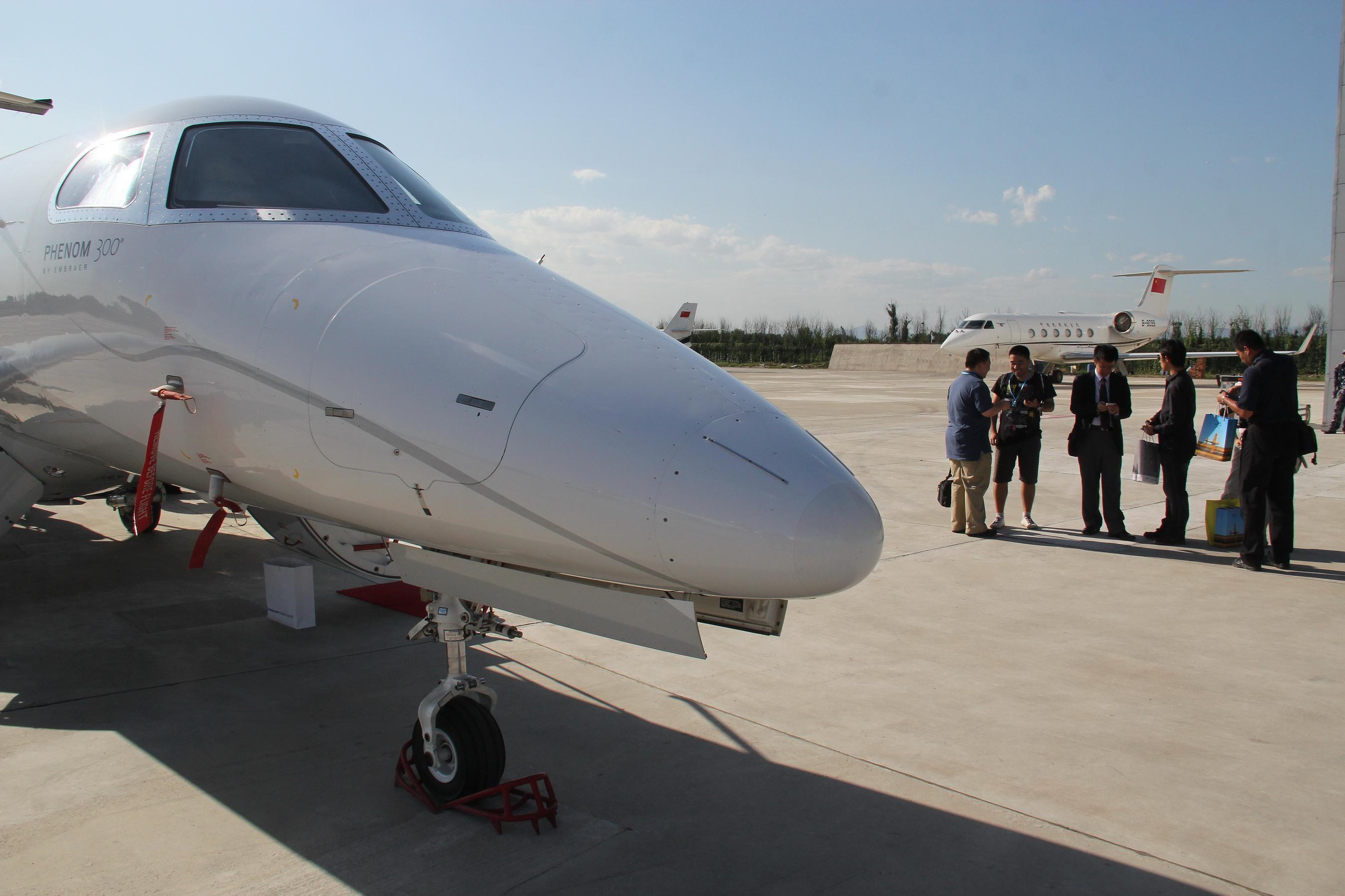 私人飞机 资料图 飞机爱好者花130万买直升机 不具备国内