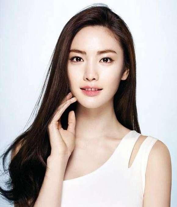 韩国女星nana夺冠