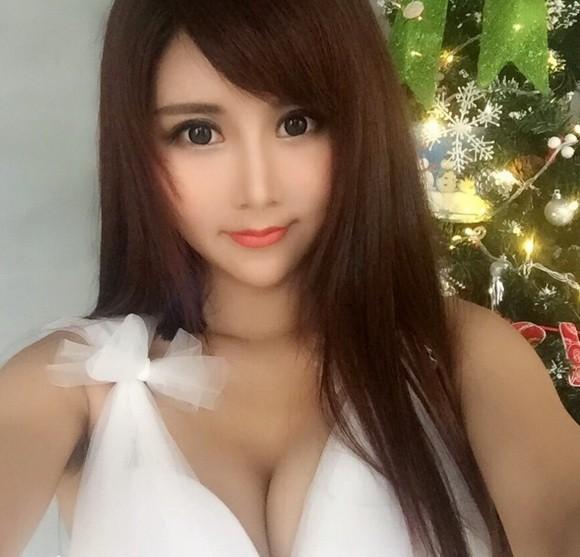 高学历美女夏小薇为游戏拍摄广告