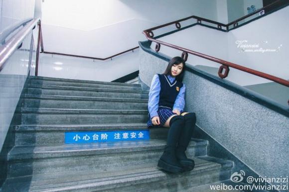 厦门最美校服女生走红网络 揭秘幕后推手究竟是谁 (18)