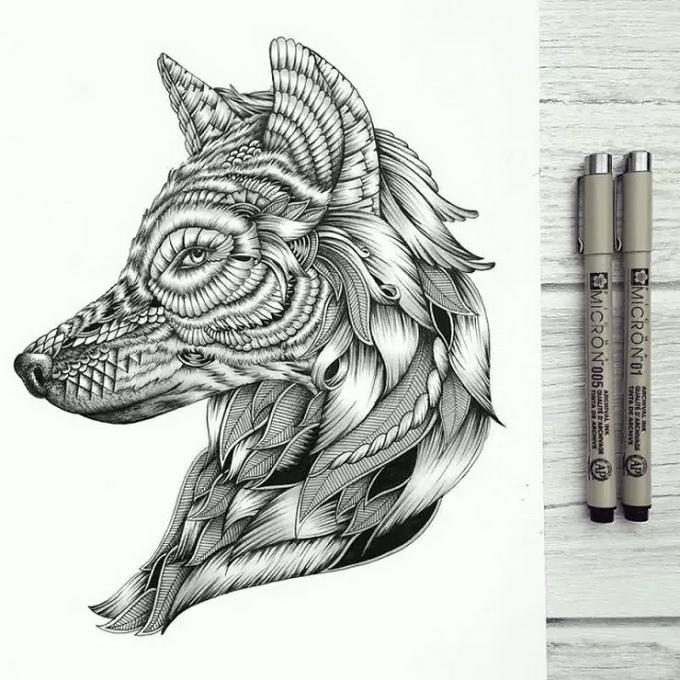一支针管笔画出奇幻色彩的装饰画